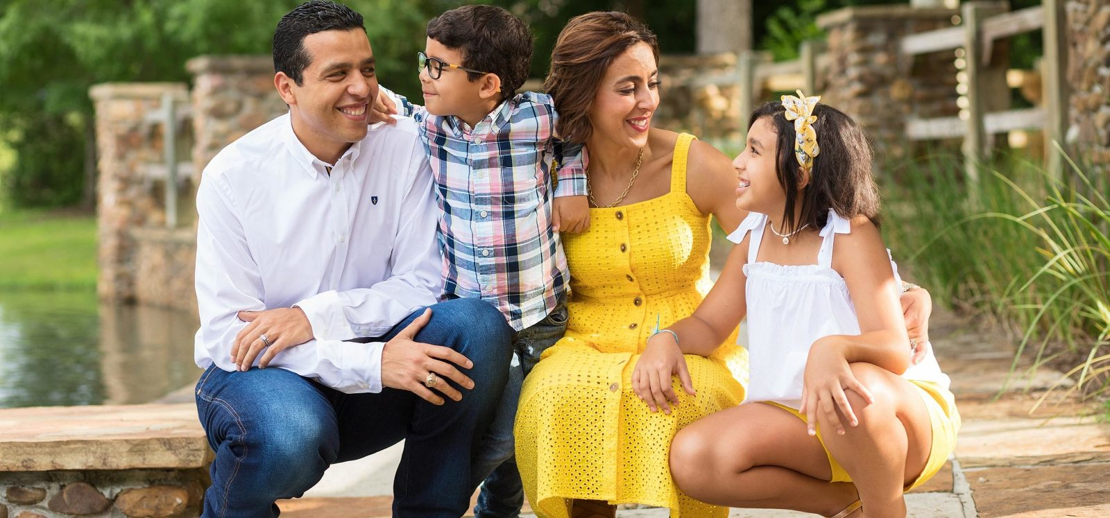 The Woodlands family of four at Rob Fleming park